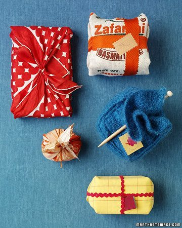 creative gift wrapping