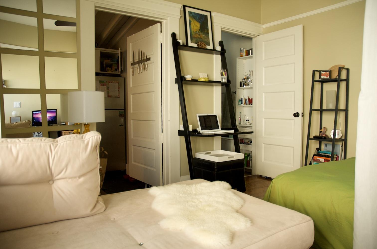 small apartment2