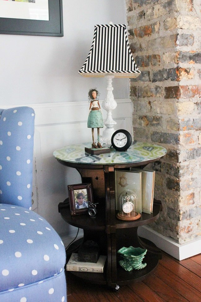 How To Make A DIY Table From Corner Bookshelves