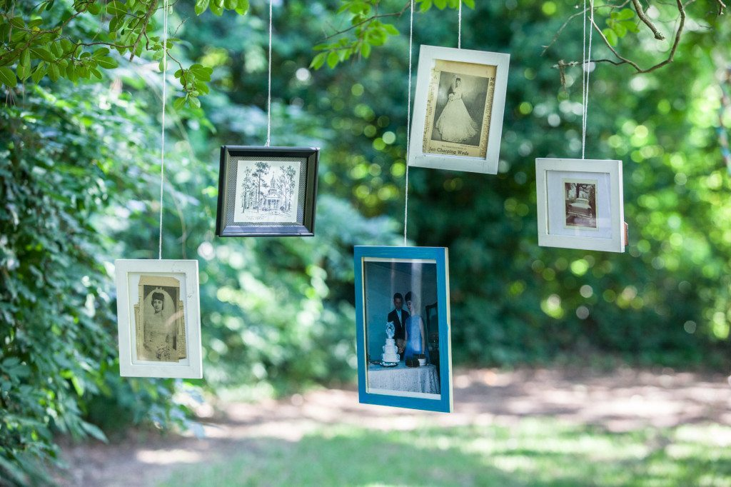 hanging frames outside